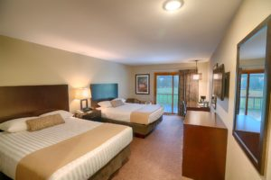 Hotel room Deluxe at Byrncliff Golf Resort & Banquets