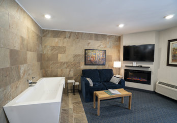 Hotel Room King Suite at Byrncliff Golf Resort & Banquets